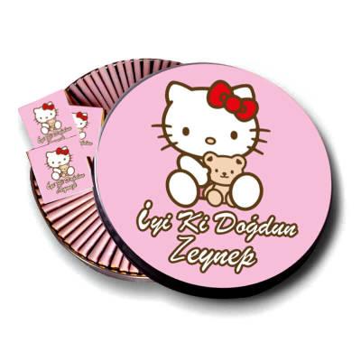 - Metal Kutuda İsme Özel Hello Kitty Baskılı Bebek Çikolatası