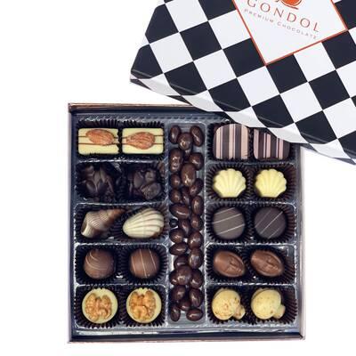 - Özel Seçim Karışık Spesiyal Çikolata