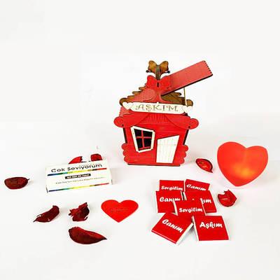 - Sevgiliye Ahşap Aşk Evi Hediye Kutusu